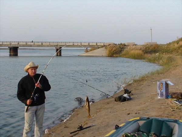 на что ловить рыбу в узбекистане