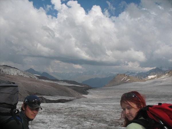 Спуск с перевала, ледник большой азау