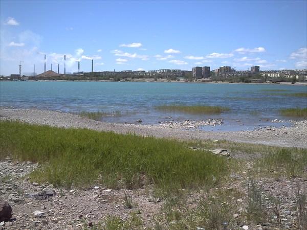 Панорама с  видом на завод