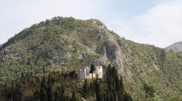 Крепость Бесац над Вирпазаром