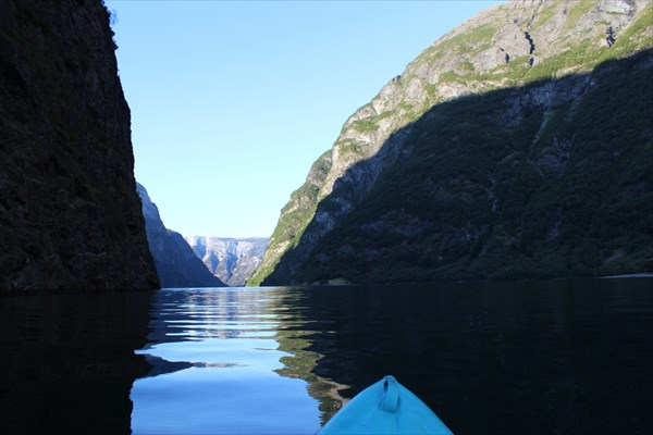 N?royfjord  (Нерэйфьорд ), сплав на байдарке