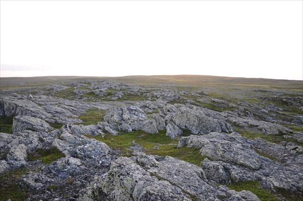 Белые камни