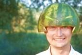 Оригинальная шляпа.
