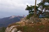 Казачья веха на вершине г. Ай-Никола