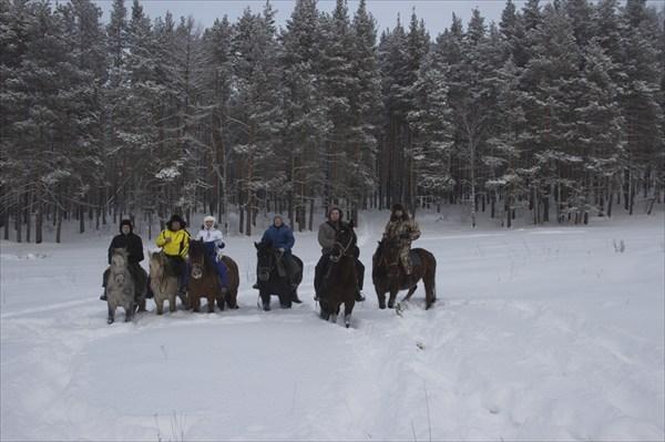 Группа конников