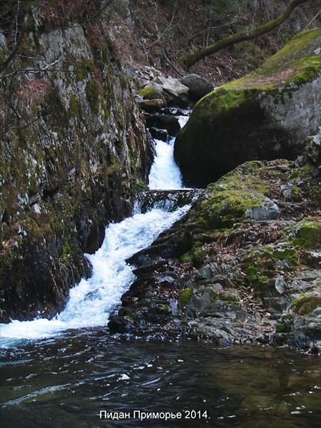 Первый водопад.