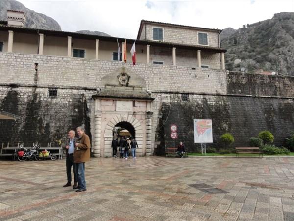 Главные ворота Старого города.