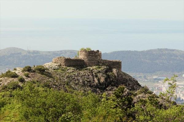 Крепость Црны Крс