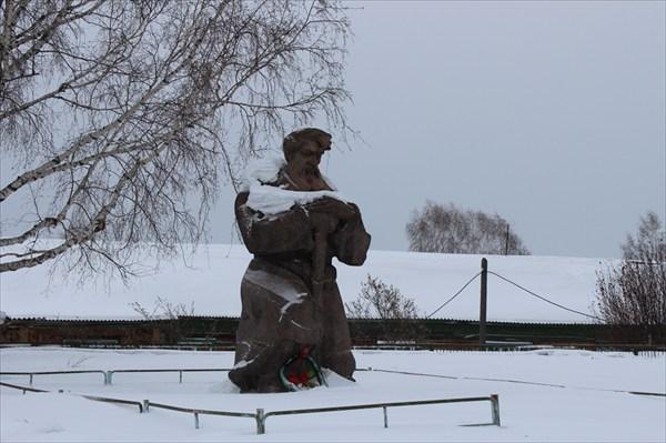 Памятник жертвам Маклаковского восстания. с. Стрелка