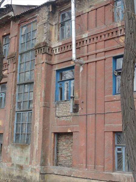 Здесь сохранилось немало сталинской архитектуры