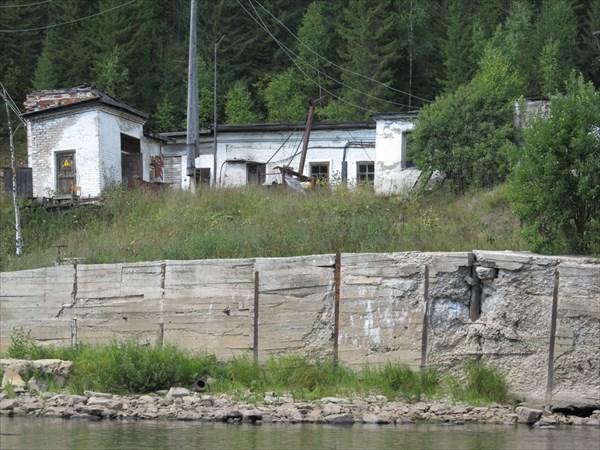 Развалины перед п. Усьва
