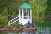 Центр озера Айя