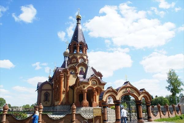Церковь в Сростках