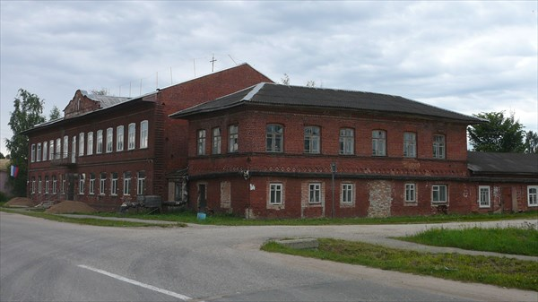 Административное здание в Ильинском