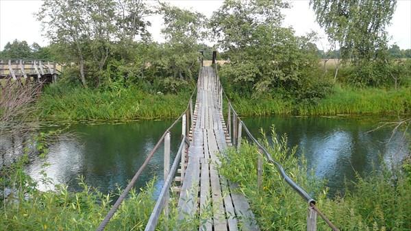 Старый мост через реку Устье в Селищах