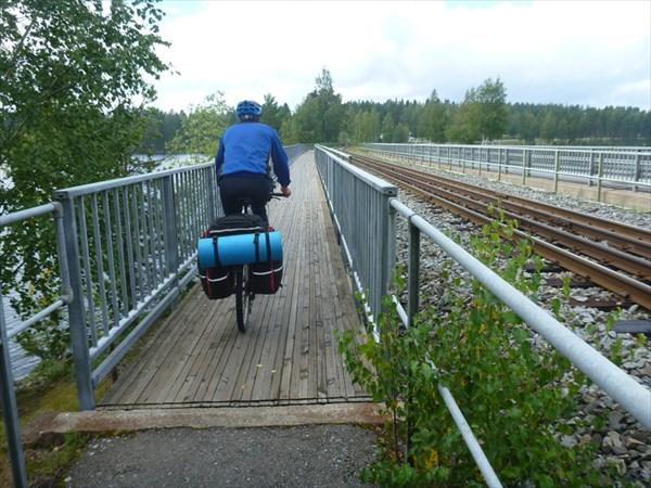 Для велодорожки отдельный мостик