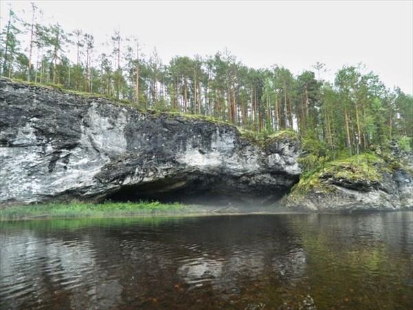 Пещера Китовая пасть.