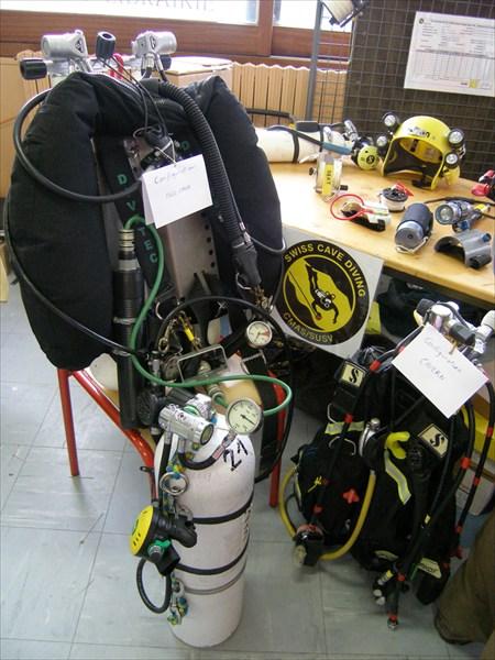 Стенд швейцарских спелоподводников (в рамках КМАС)