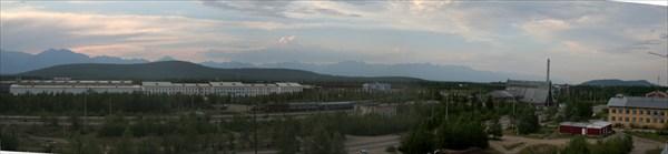 Еще одна панорама пос. Новая Чара