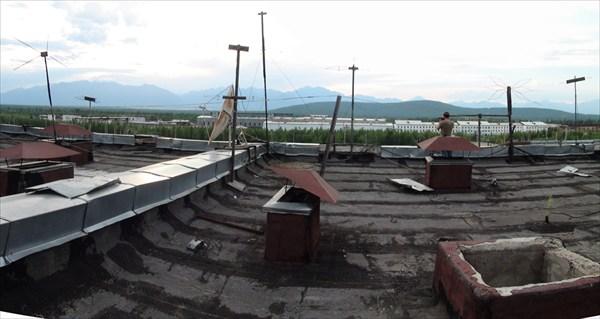 И вот мы забрались на крышу...