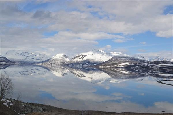 Случайное озеро по дороге на север!