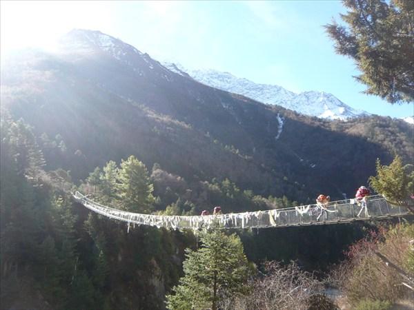 Подвесные мосты - один из символов Непала