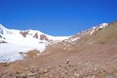 Вид на седловину перевала Туристов со стороны р. Туристов