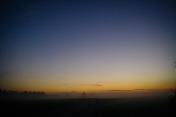 Трасса Лиепая - Рига, утренний туман.