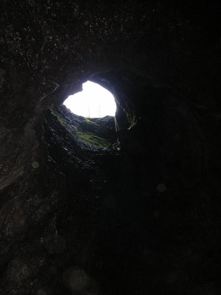 Входной колодец в Баджейской