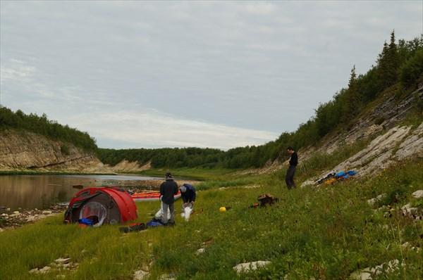 Первый лагерь на Волонге