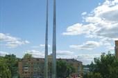 `Три штыка` на площади перед автовокзалом г. Тула
