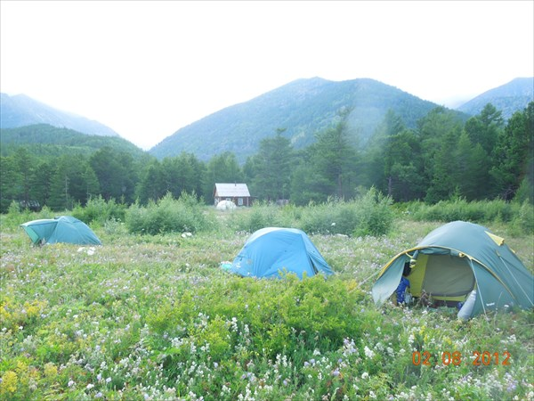 Лагерь у Петровича