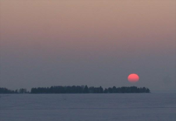 Рассвет на Монастырском озере.