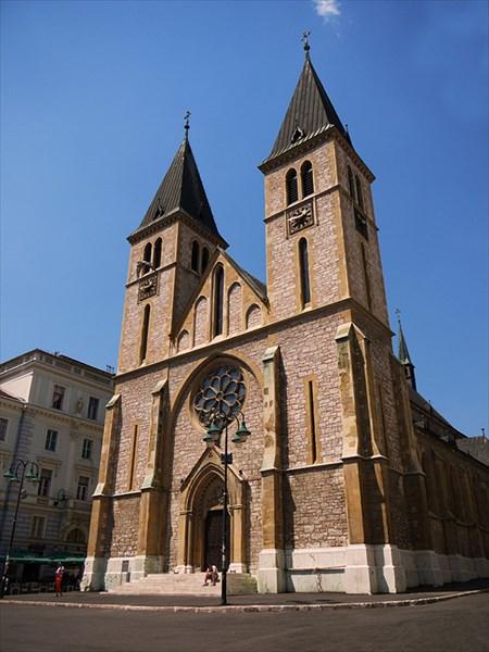 Sarajevo-Bosnia-Herzegovina-35-Katedrala-Srca-Isusova-Sacred-Hea