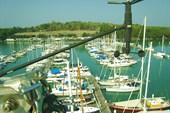 Вид на Yacht Haven с мачты нашей X-Yachts - Пхукет