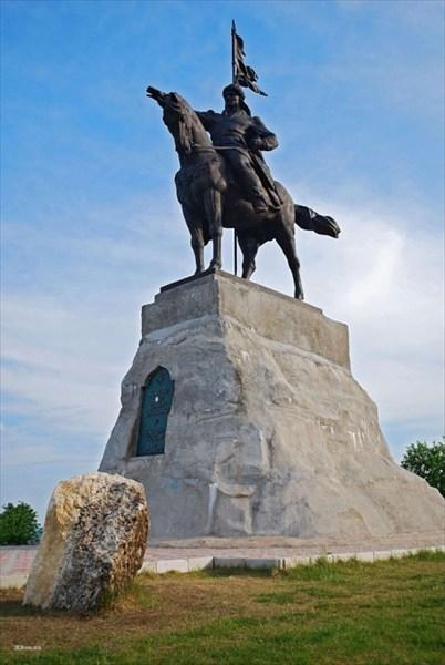Памятник булгарскому эмиру Ибрагиму