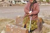 бабушка в Норадузе