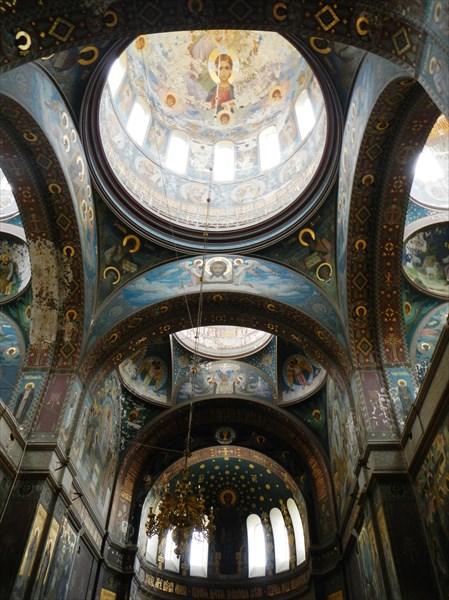 Внутри Новоафонского монастыря
