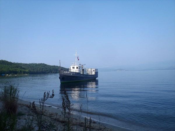 Байкал. В бухте Крохалиной.