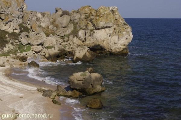 Скалы Генеральских пляжей