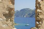 Остров Камелия, развалины византийского храма, Эгейское море