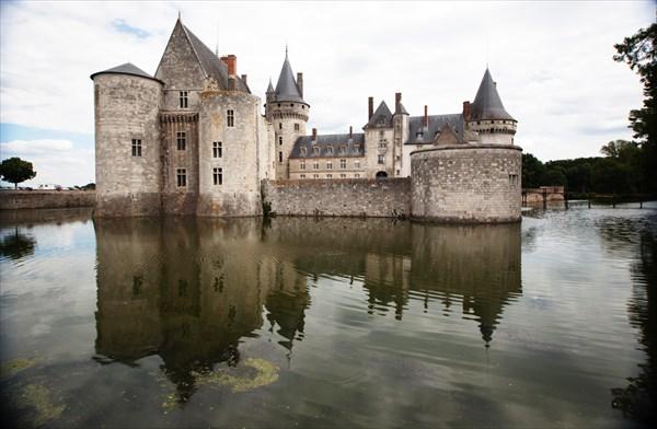 171.Sully-sur-Loire