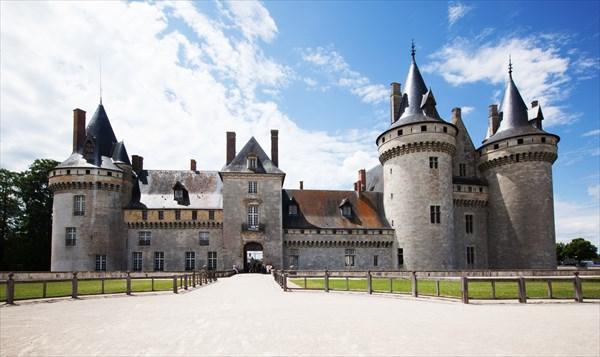 175.Sully-sur-Loire