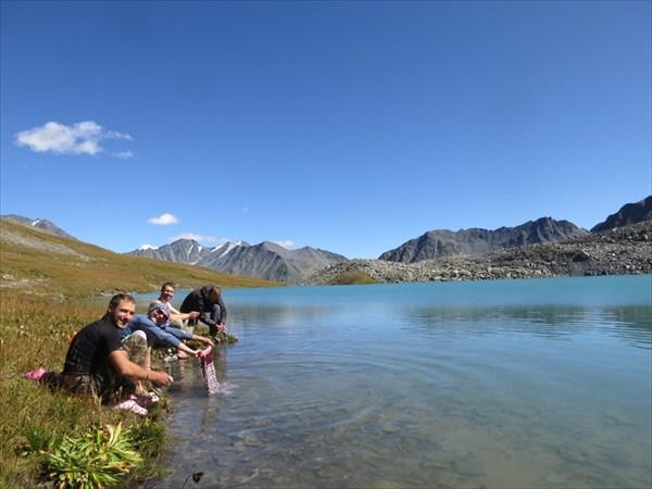 Озеро у исока р. Мештуайры. Постирушка.