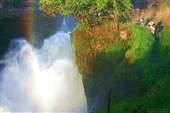 Радуга на водпаде Метчерсон Фалз