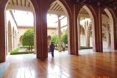 Дворец Альхаферия. Еще один внутренний дворик.
