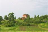 На подъезде к поселку Зверинец увидели разрушенную церковь