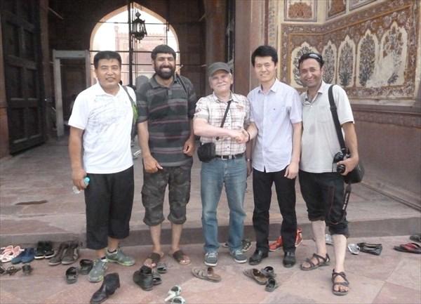 С китайскими 'друзьями'