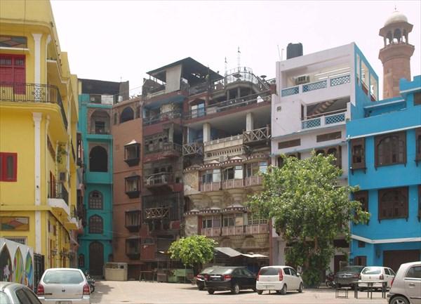 Двор жилого дома в Лахоре