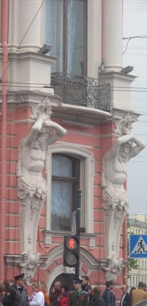 Дворец Белосельских-Белозерских. Фасад